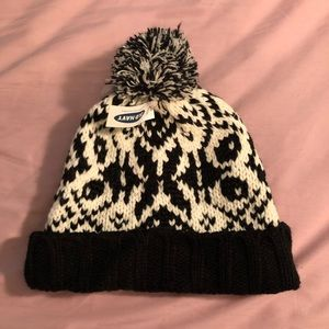 Old Navy Black and White Knit Hat